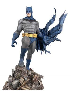 Diamond Select DC Gallery Batman Defiant PVC Statue